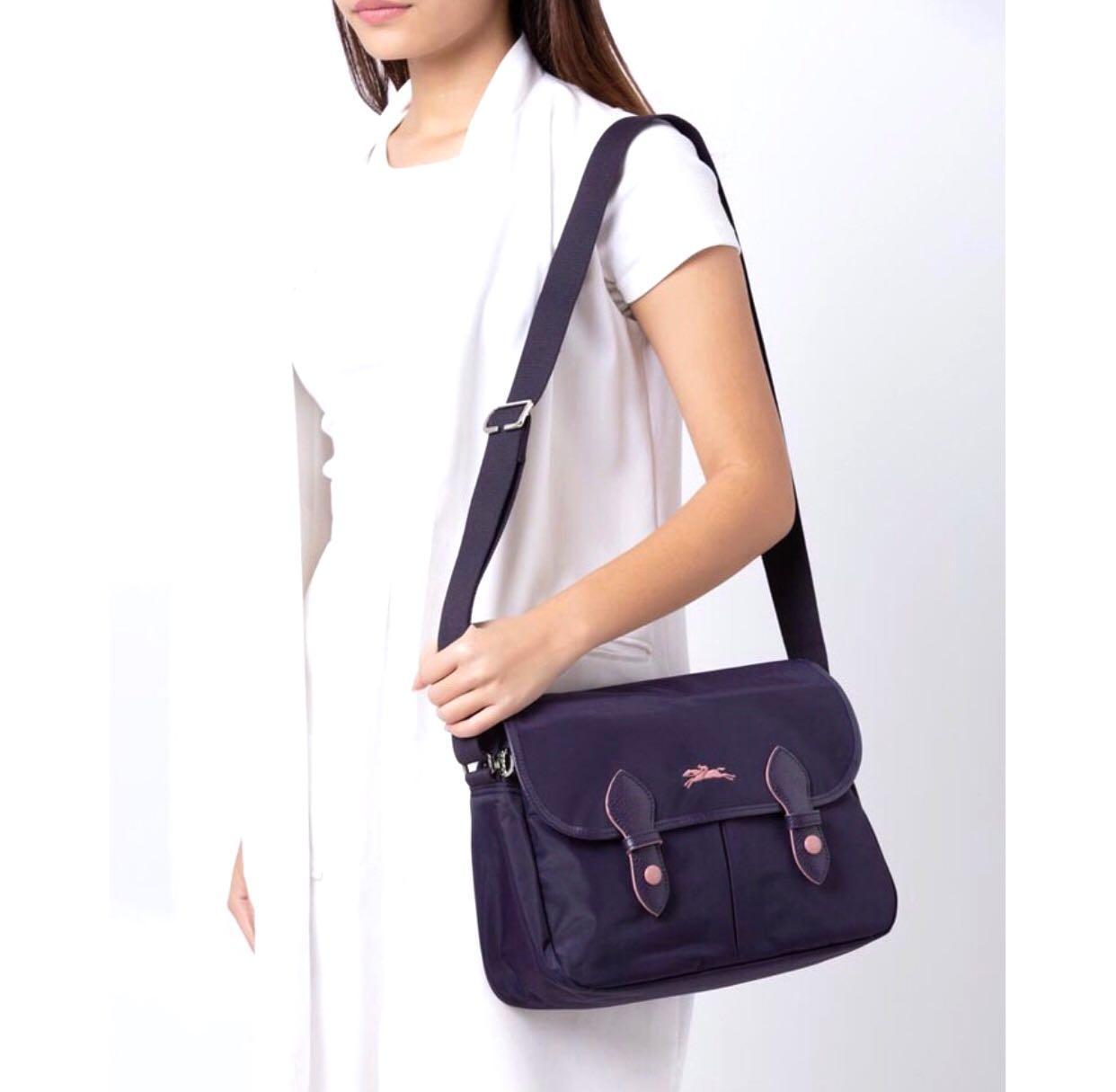 Longchamp le pliage club nylon messenger bag, Women's Fashion ...