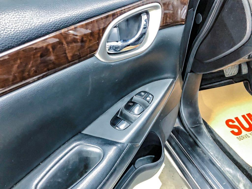 Nissan SuperSentra 1.8 鐵灰色頂級免鑰匙版