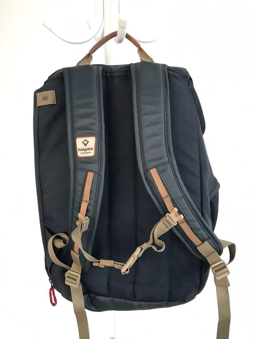 Ransel bodypack laptop