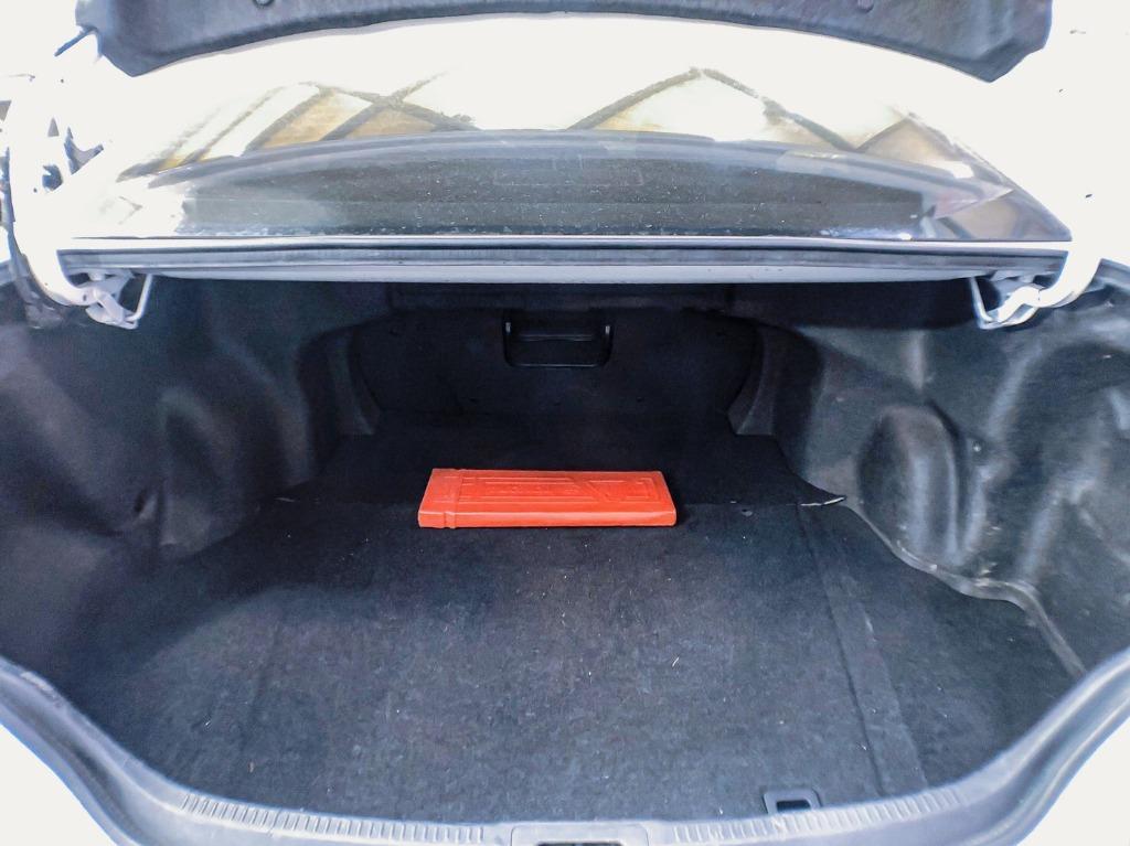 新款Toyota Camry 2.0 超漂亮鑽石白特仕款