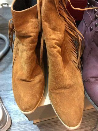 流鬆焦糖橘靴款