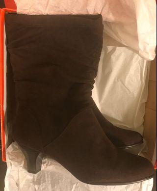 Aerosoles Boots (New, in box) (Size 9.5 Wide)
