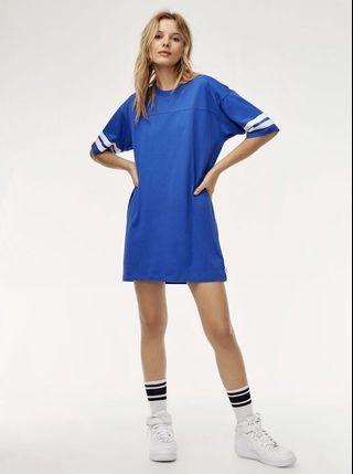 Aritzia TNA grayton T-shirt dress