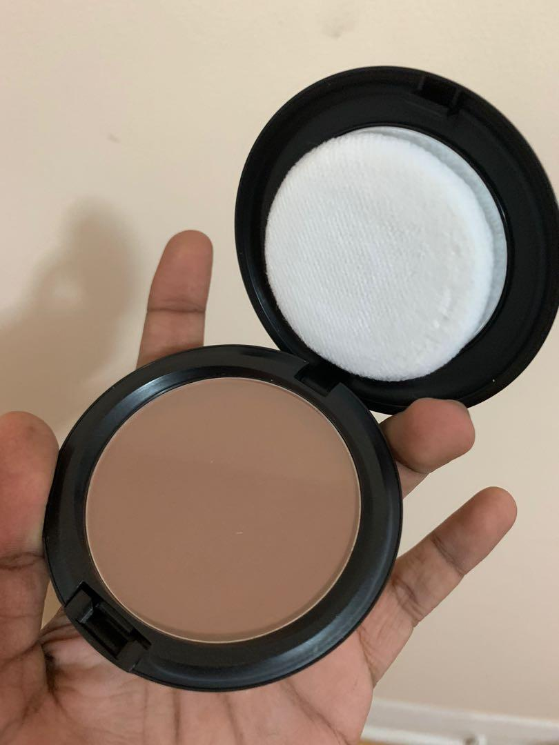Brand New MAC Pressed Blot Powder in Shade Deep Dark