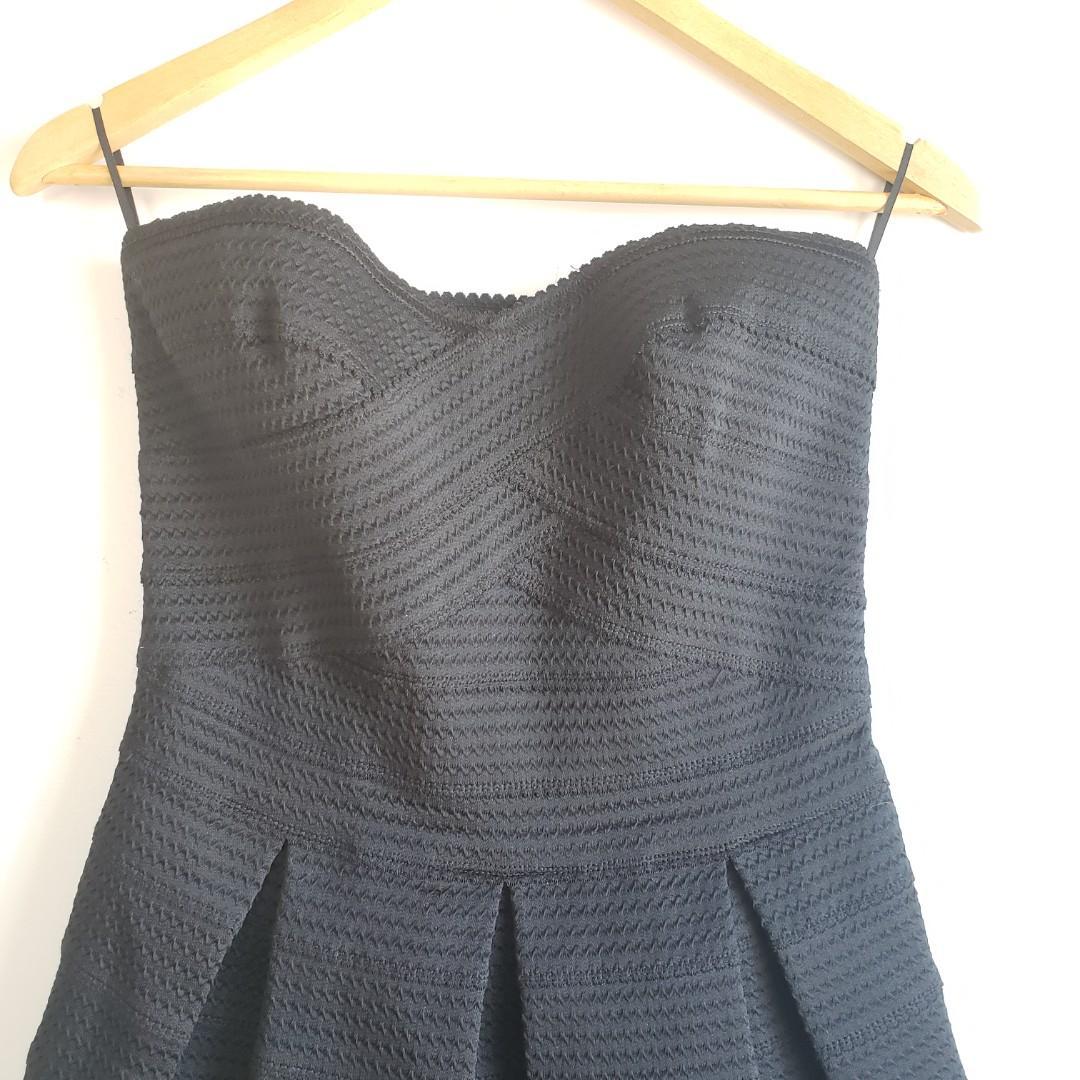 Express Elastic Fit & Flare Black Mini Dress Size Medium.