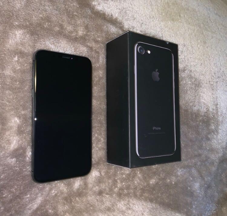 iPhone XR Factory Unlocked & iCloud Unlocked 512GB