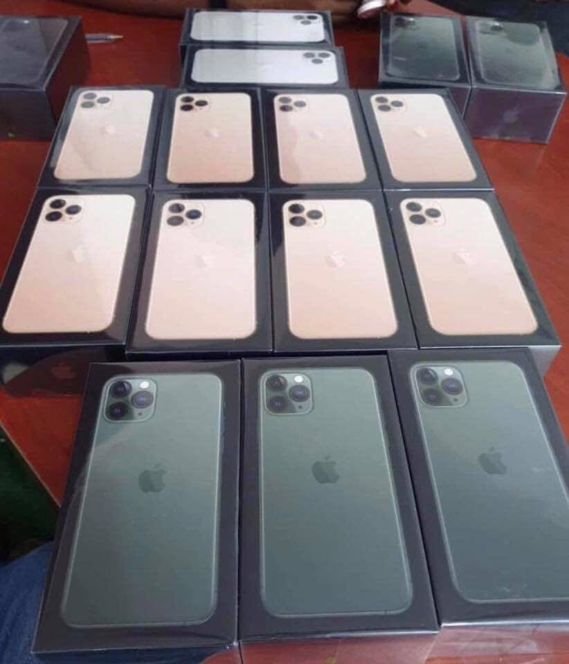 iPhones 11 & 11 Pro Max Factory Unlocked 512GB & ICloud Unlocked