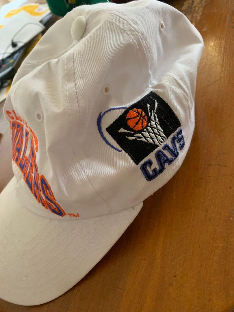 Vintage retro Cleveland cavaliers nba hat SnapBack