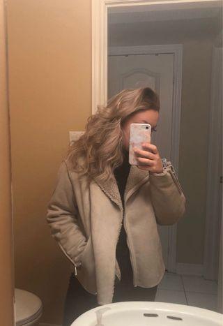 H&M Beige Sherpa Coat Size US 8