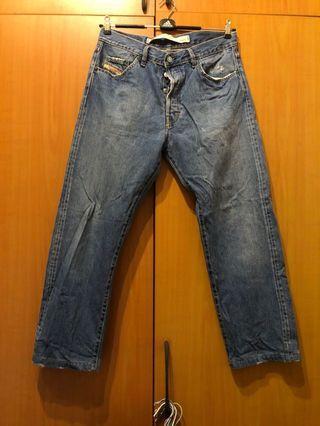 義大利🇮🇹製Diesel 牛仔長褲34號