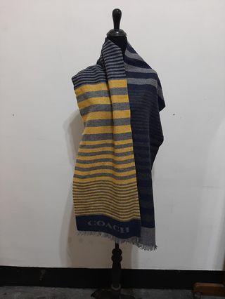 全新~ 美國品牌 COACH 純羊毛圍巾 …… 男女皆可……