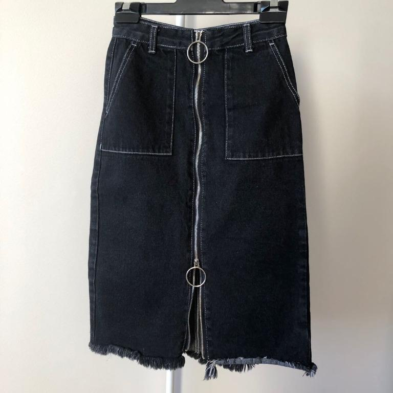 Bershka black denim midi skirt with front zip (Aus size 6)