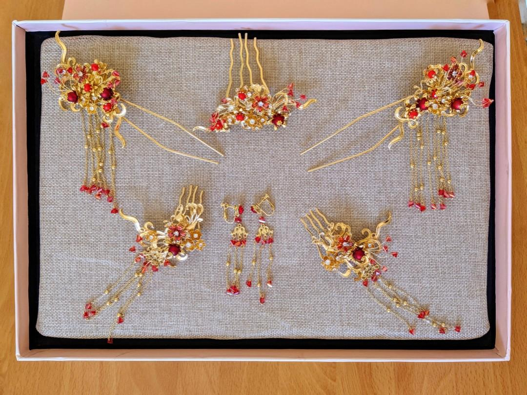 Chinese Wedding Dress / Kwa + Hair pieces and earrings