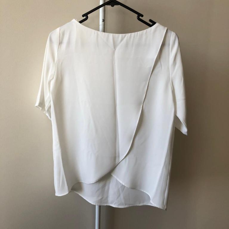 Forcast White Top (Aus size 4, also equivalent to Aus size 6)