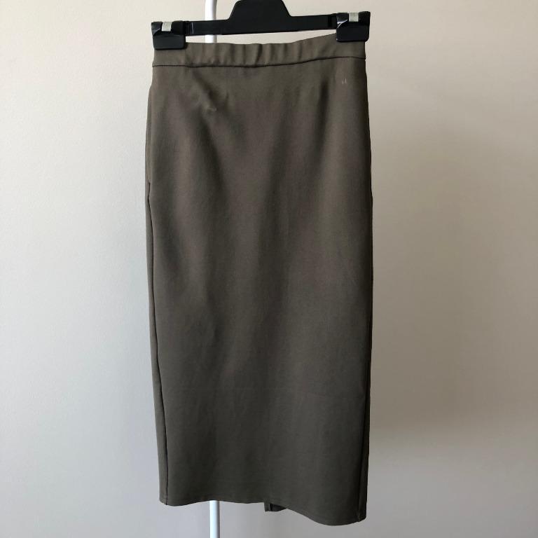 GU Khaki Skirt With Elastic Waist (Size S, Fits 6-8)
