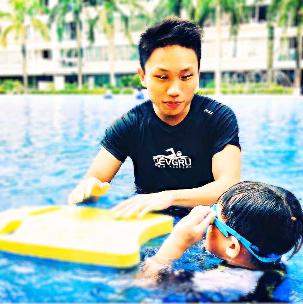 Kids /adult 1 to 1 private Swimming lesson