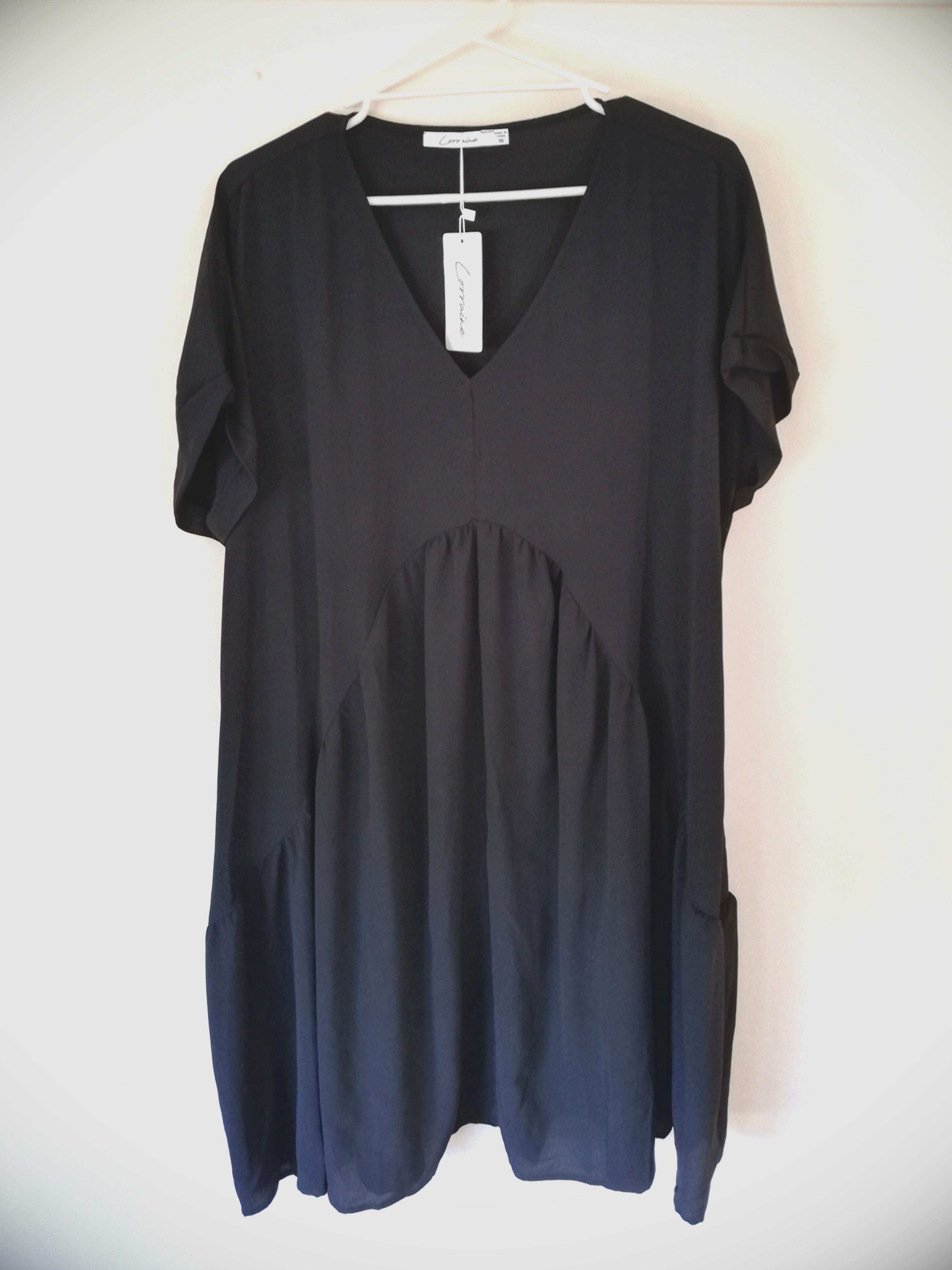 ~Lorraine / size 16 / charlotte black formal dress / BNWT~