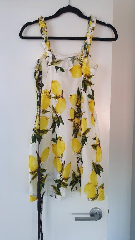NEW Pretty Little Thing Lemon Ruched Strappy Bodyckn Dress Size 6
