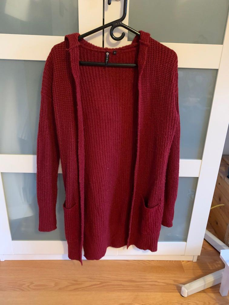 Red knit cardigan from Marshalls with pockets and hood size s