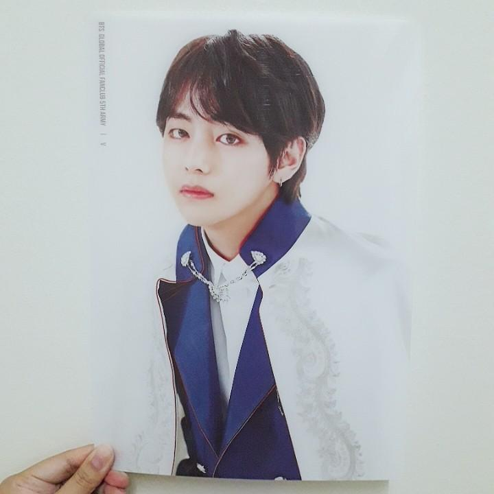 [WTS Only] BTS Global Official Fanclub 5th ARMY membership kit-Taehyung transparent plastic sheet