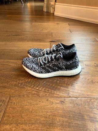 Men's Adidas pureboost. Size 7.5