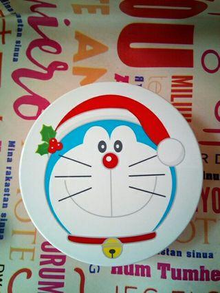 Case Apieu Cushion.. Doraemon Chrismast edition