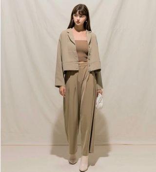 Meier q 短版設計感西裝外套