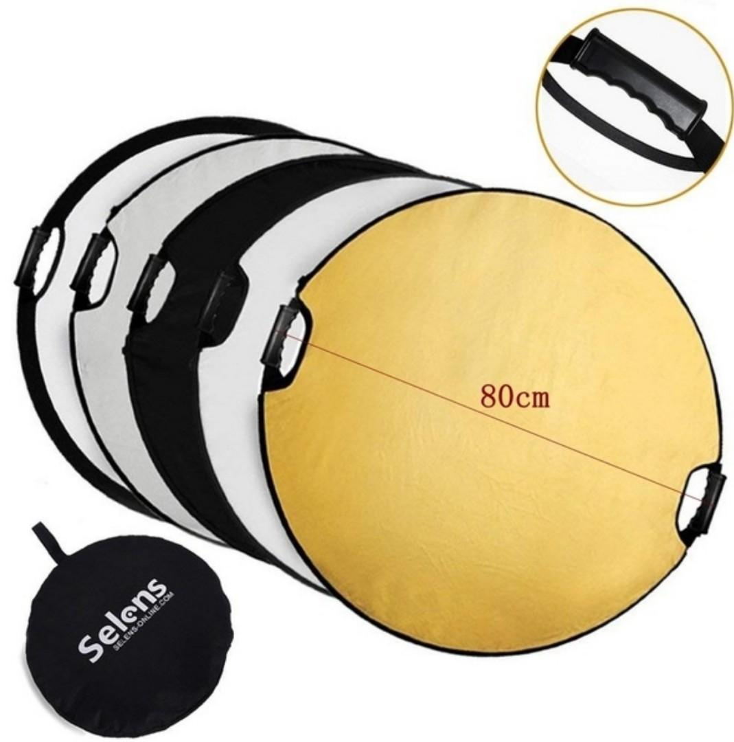 5-in-1 Portable Round/Triangle/Oval/ Square Reflectors Collapsible Discs with Carrying Case for Photo Studio