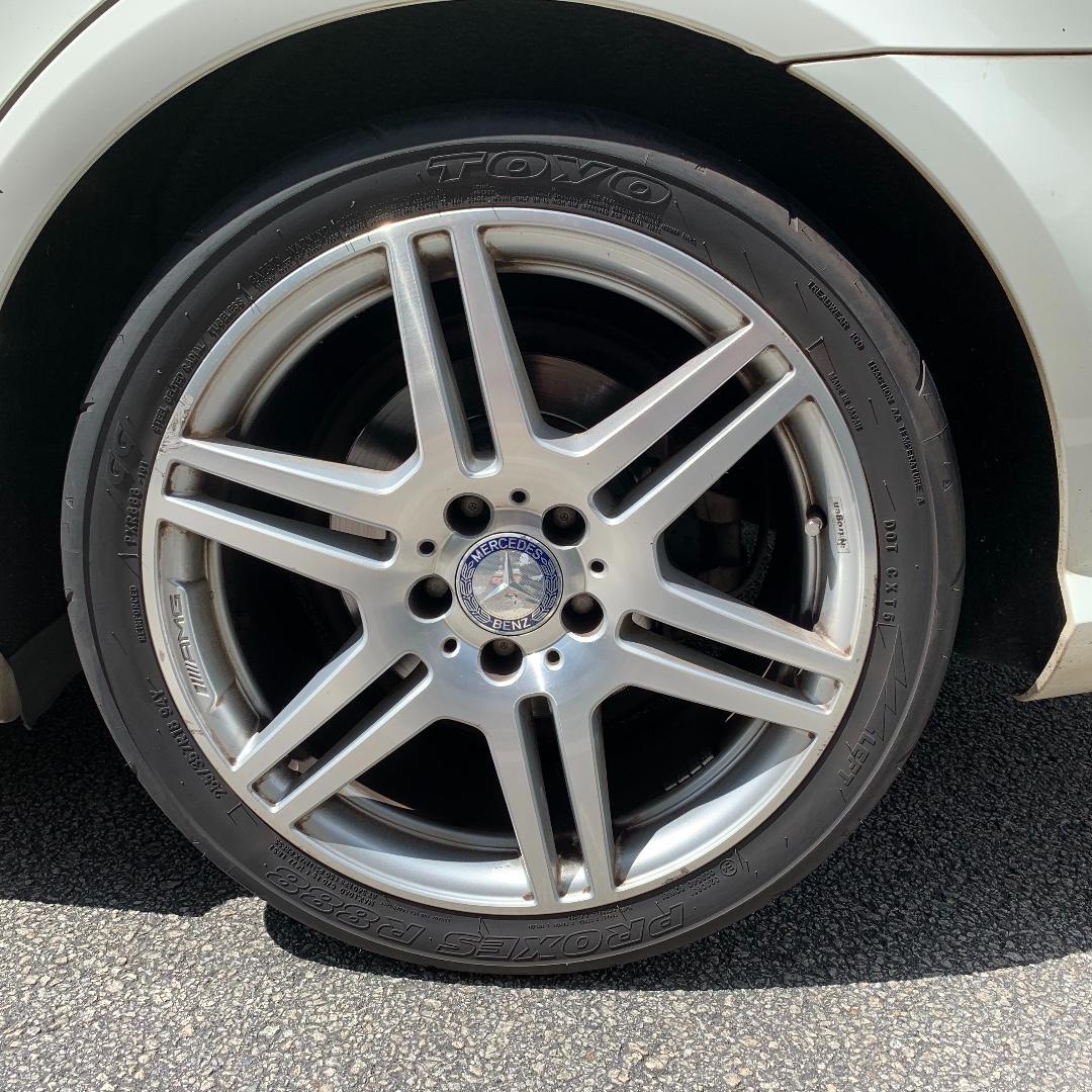 Mercedes-Benz E250 CGI BlueEfficiency Avantgarde Auto