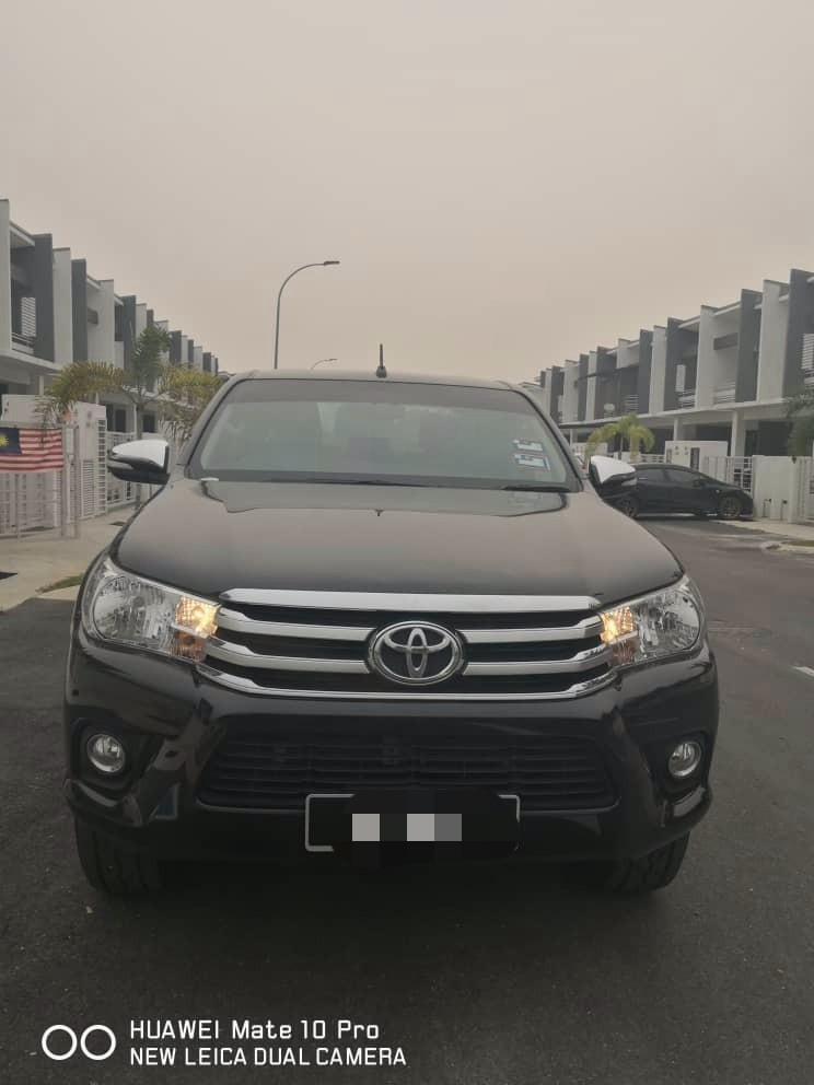 Toyota Hilux Revo 2.4 (A) 4x4 Pickup Truck Rental Selangor KL