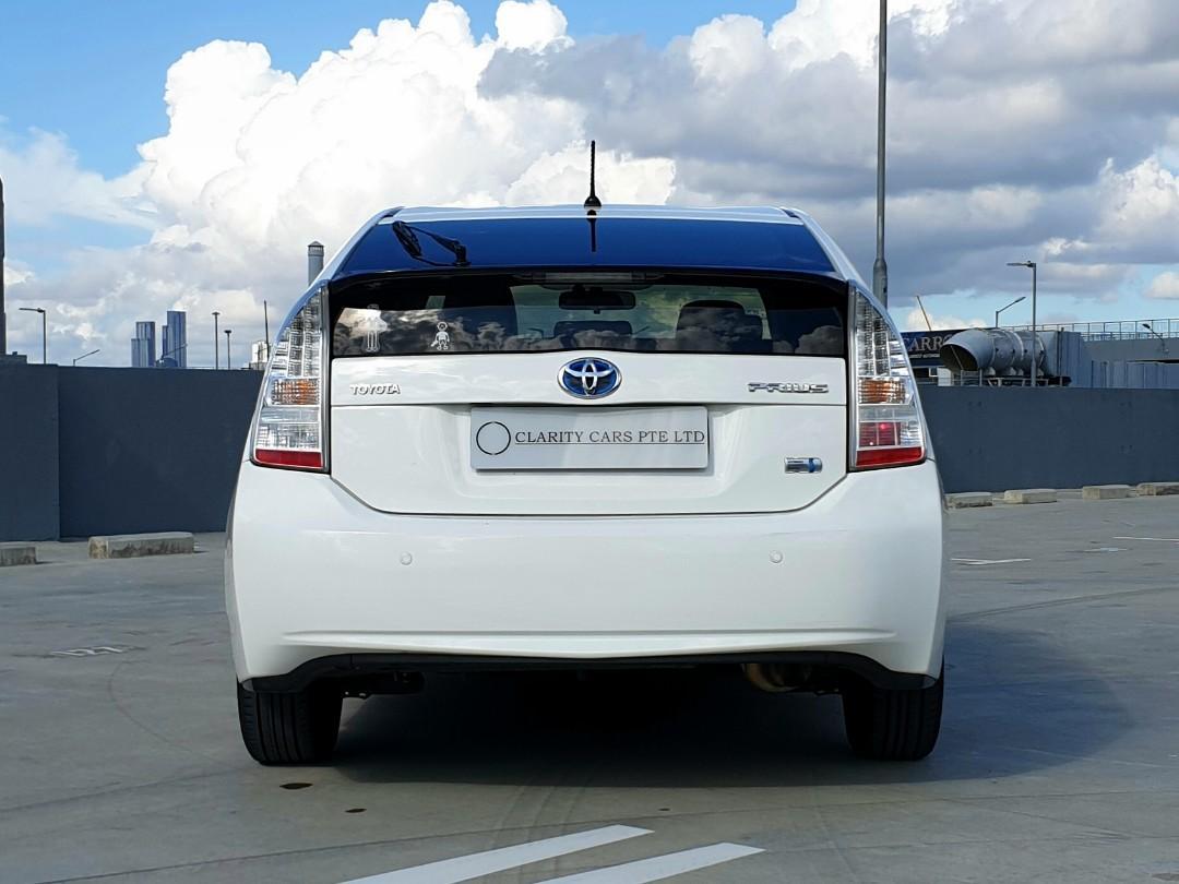 Toyota Prius 1.8 Hybrid S (A)