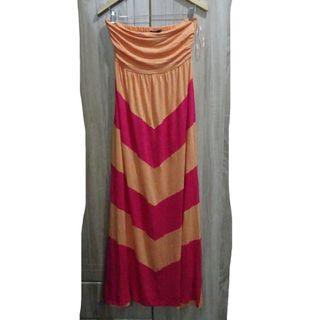 (M-L) Design History maxi dress, flowy stretchy fabric, super nice and almost looks new