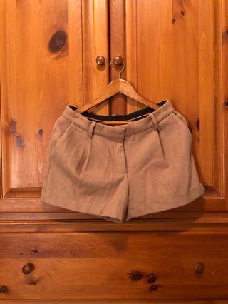 JOE FRESH - tan brown wool shorts with pockets (US 6)