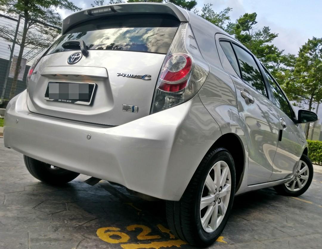 2013 Toyota PRIUS C Hybrid 1.5 (A) Deposit 2990 LOAN KEDAI KERETA