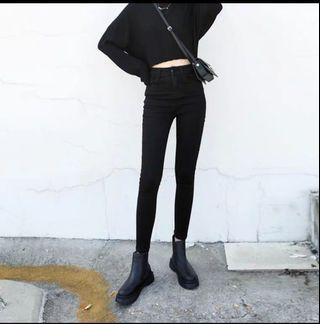 黑色牛仔長褲!適合高個~
