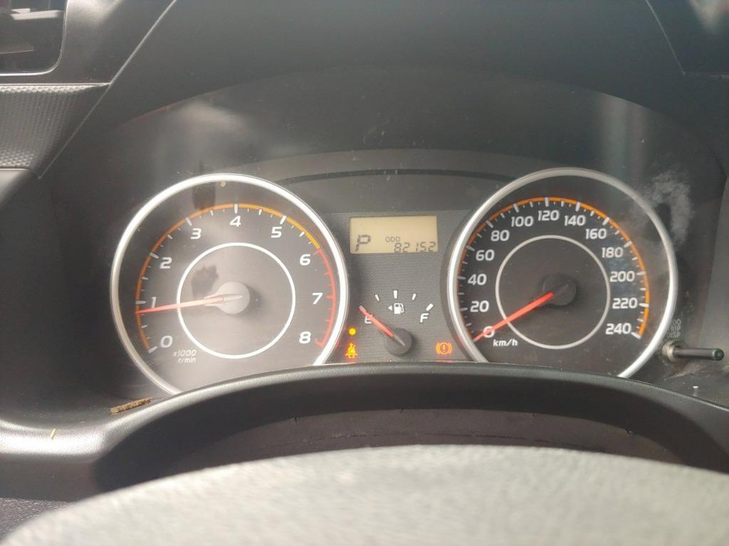 滿足你買車的所有需求 銀色2011年WISH 實用到靠北邊阿