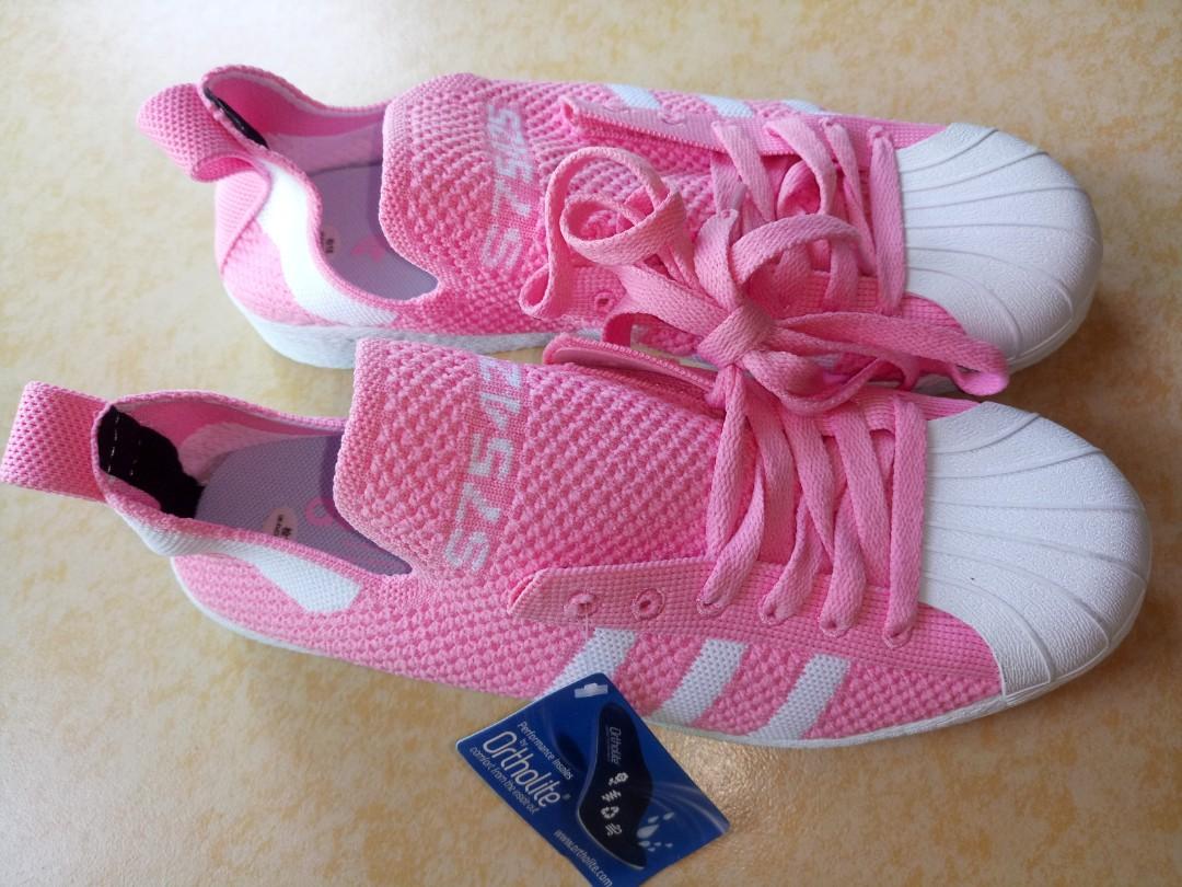 adidas ladies rubbershoes 9.5, Sports
