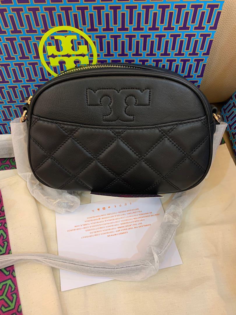 Authentic Tory Burch Savannah camera bag in small size