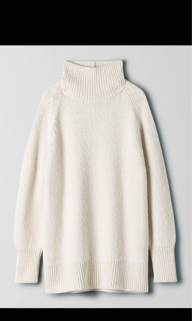 BNWT Aritzia The Group by Babaton Day Off Turtleneck Sweater