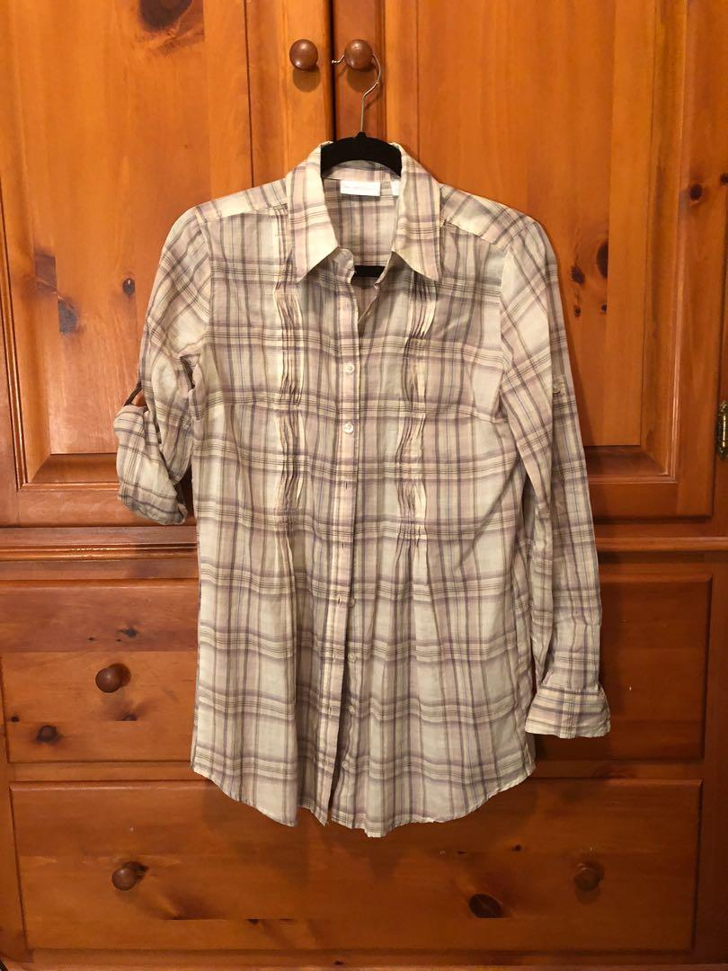 NEW YORK & Co - beige flannel w/cuffed sleeves (S)