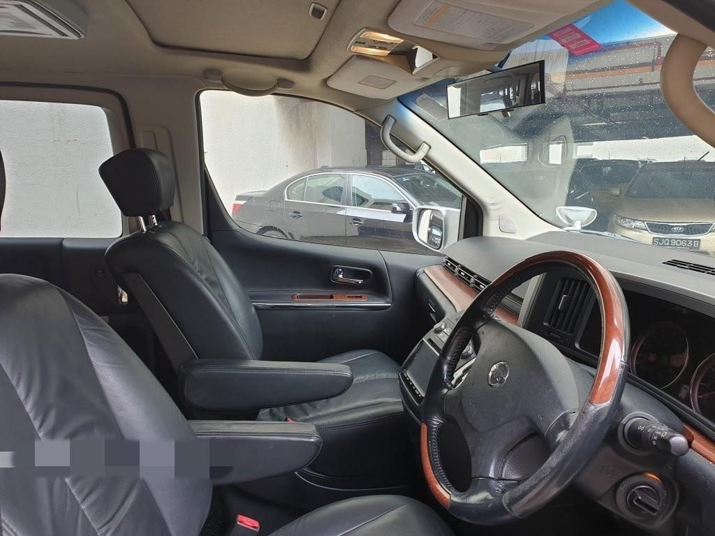 Nissan Elgrand 2.5A Highway Star (New 10-yr COE) Auto
