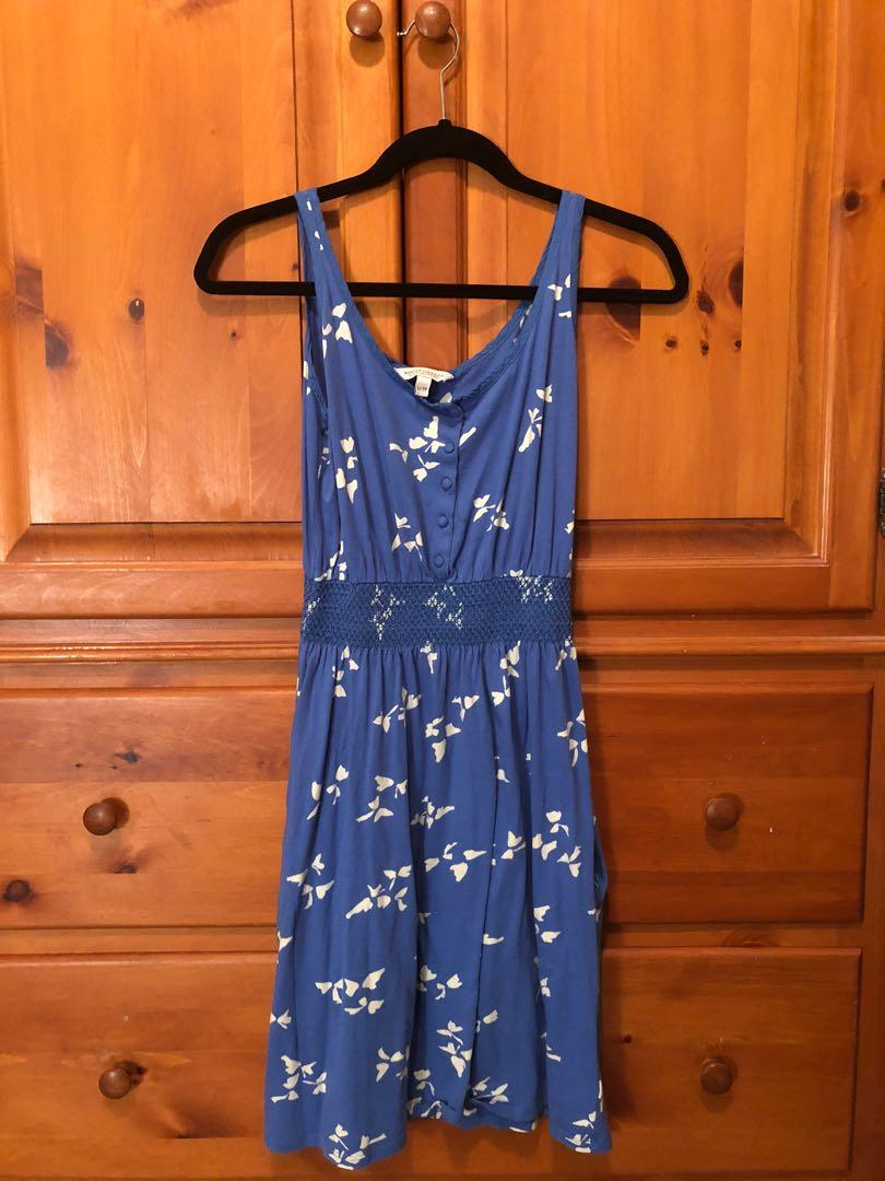 ROOTS Canada - robin blue dress with white pattern, pockets (XS)