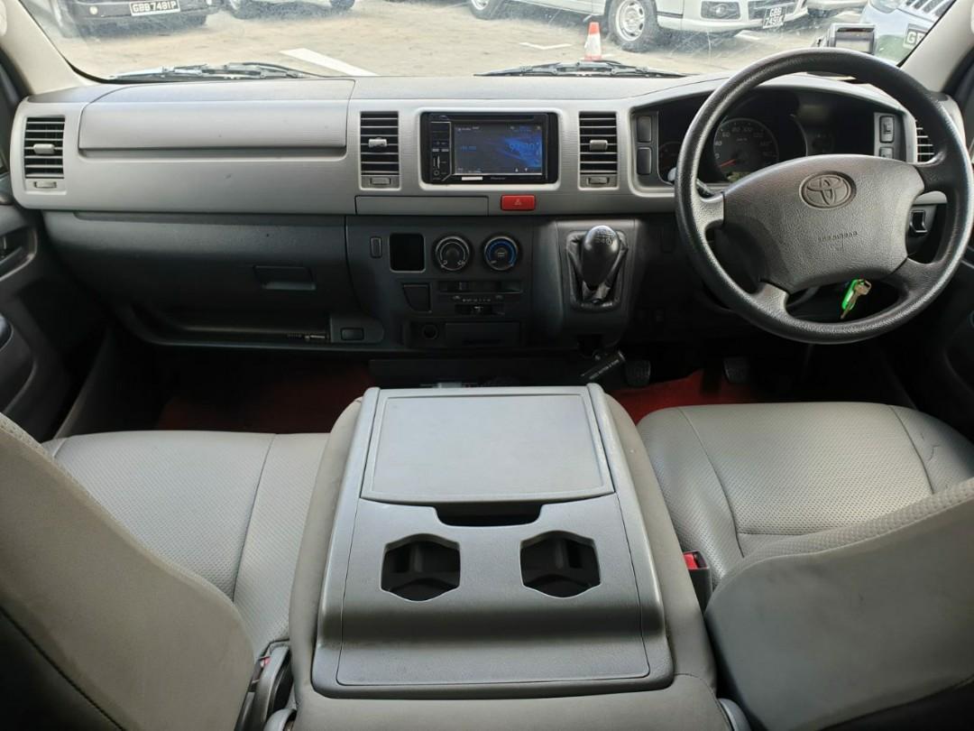 Toyota Hiace 3.0 Manual