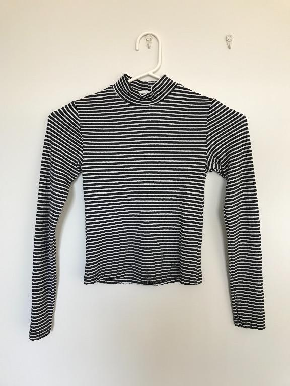 Womens black/white striped fitted mock neck crop top