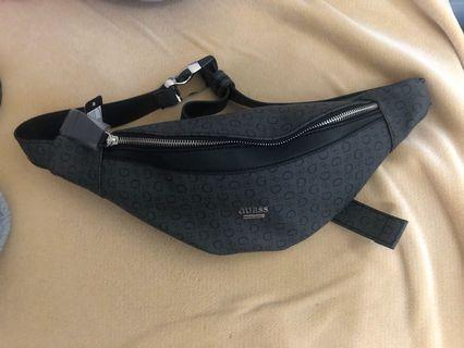 *NEW* Guess fannypack