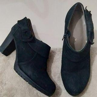 Authentic Daphne Black Suede Ankle Boots with Ribbon Accent