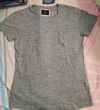 Kaos cotton on grey