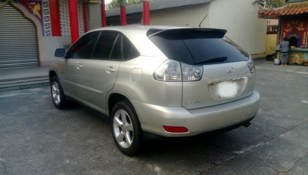 2005    LEXUS RX330