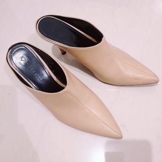 Starkela shoes (warna camel)