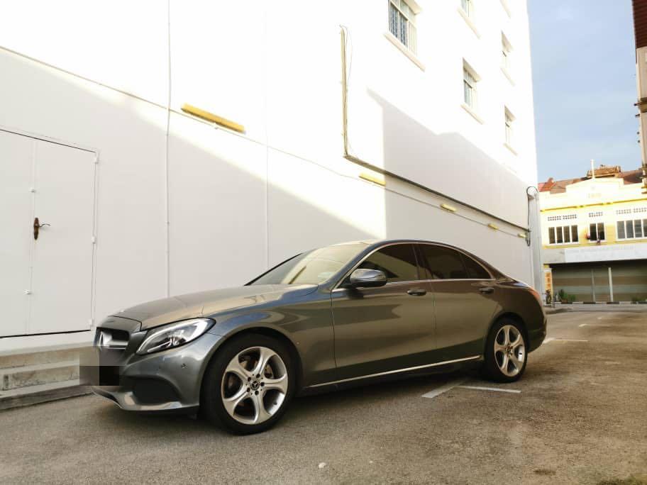 Mercedes Benz C200 2.0 Avantgarde 2017 Under Warranty